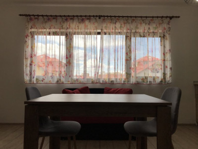 Apartament de 3 camere spre inchiriere !