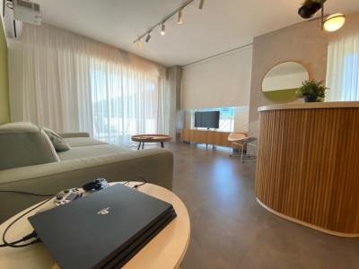 Apartament cu 2 camere de lux in centru!