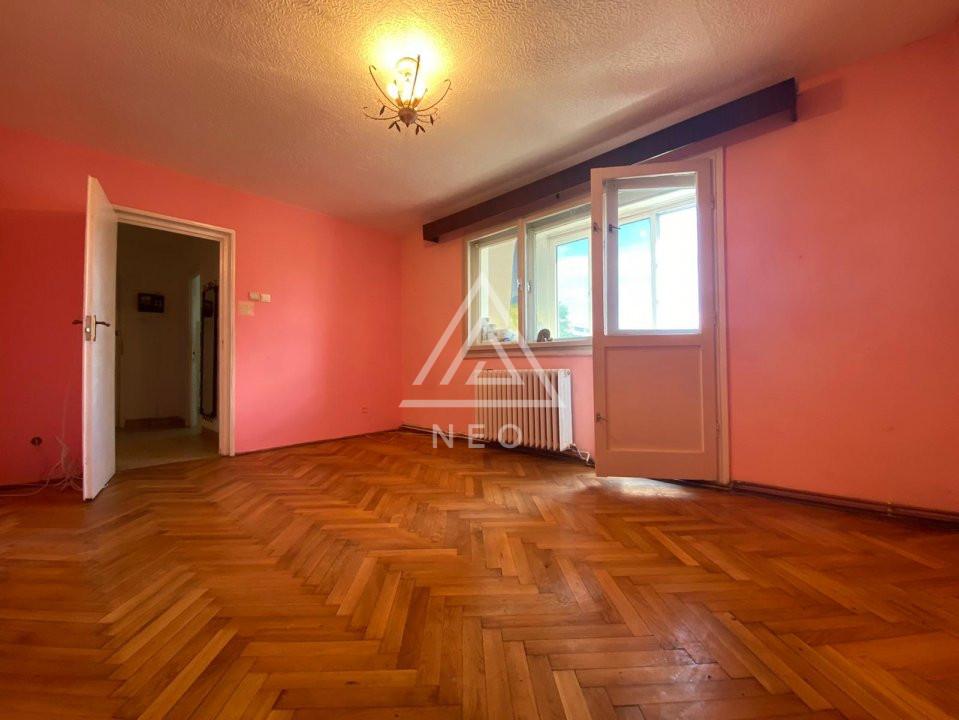 Pont de investitie! Apartament cu 4 camere in Manastur, Piata Flora! 1