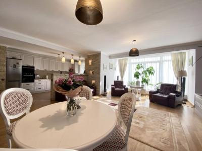 Apartament ultrafinisat cu 3 camere la Cheie 🔑 !