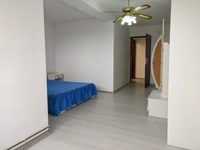 Apartament 3 camere decomandate spre inchiriere !