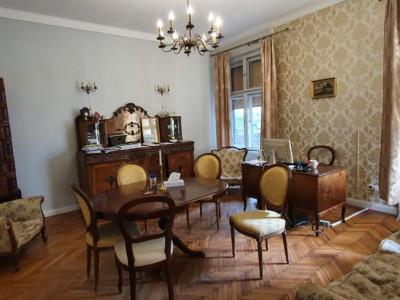 Apartament cu 3 camere spre vanzare in centrul Clujului!