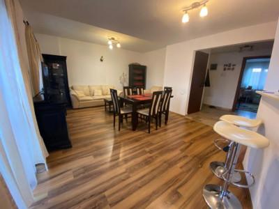 Apartament cu 3 camere spre vanzare in Buna Ziua!