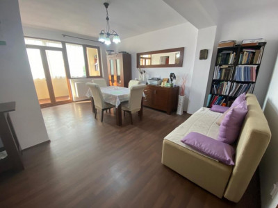 Apartament cu 2 camere spre vanzare in zona Campului!