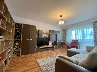 Apartament cu 3 camere in cartierul Intre Lacuri!