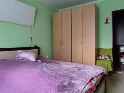 Apartament cu 3 camere, garaj si boxa spre vanzare in Manastur!