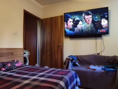 Apartament cu 2 camere semidecomandate in Andrei Muresan!