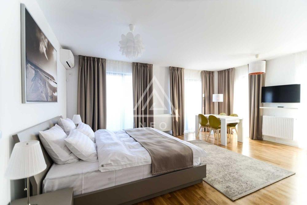 Apartament de lux cu terasa generoasa de 20 mp si priveliste in PARK LAKE! 1