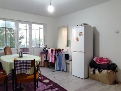 Apartament cu 3 camere spre vanzare in Manastur!
