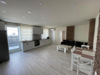 Apartament cu 3 camere si terasa cu priveliste in zona Vivo !