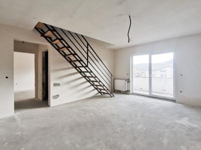 Apartament cu 4 camere, pe 2 niveluri cu CF, in Floresti !