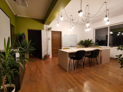 Apartament cu 3 camere intr-o zona exclusivista a cartierului Andrei Muresanu