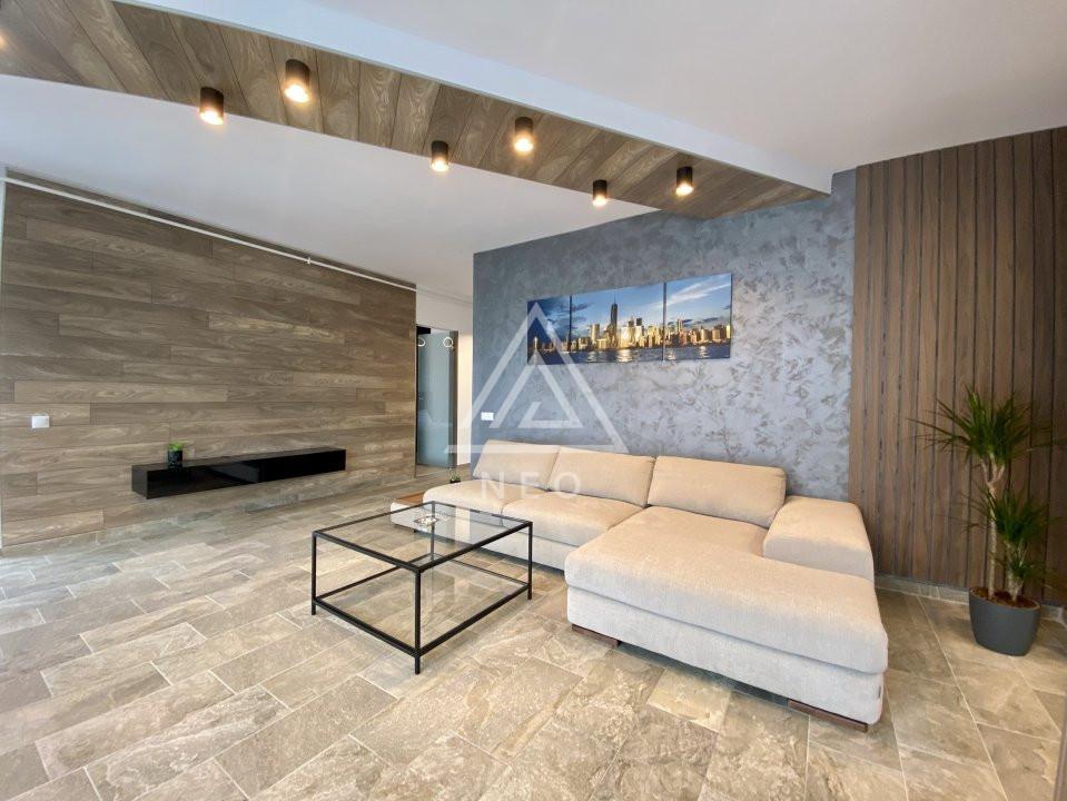 Apartament ultrafinisat cu 3 camere, bloc nou, parcare inclusa! 1